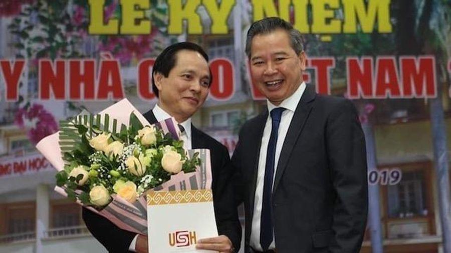 PGS,TS Nguyễn Quang Liệu làm Hiệu trưởng Trường THPT chuyên Khoa học Xã hội và Nhân văn