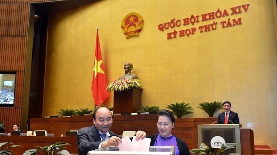 Quốc hội miễn nhiệm chức vụ Bộ trưởng Y tế đối với bà Nguyễn Thị Kim Tiến