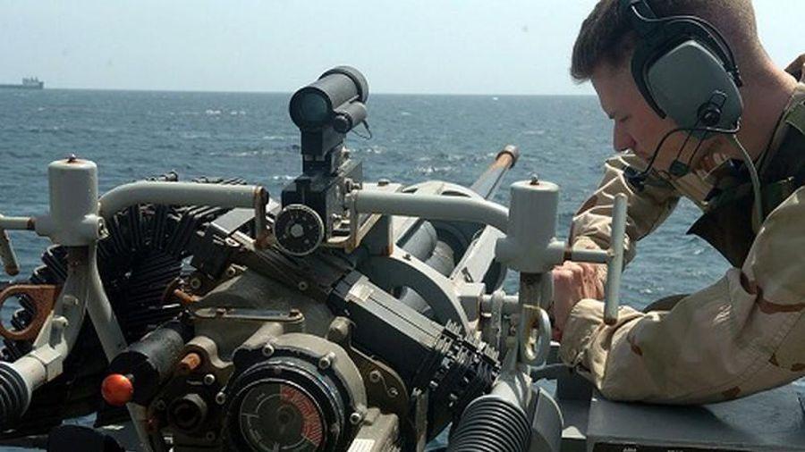 'Tiếc đứt ruột' dàn vũ khí Mỹ 'lột' từ tàu Hamilton trước khi giao cho Việt Nam
