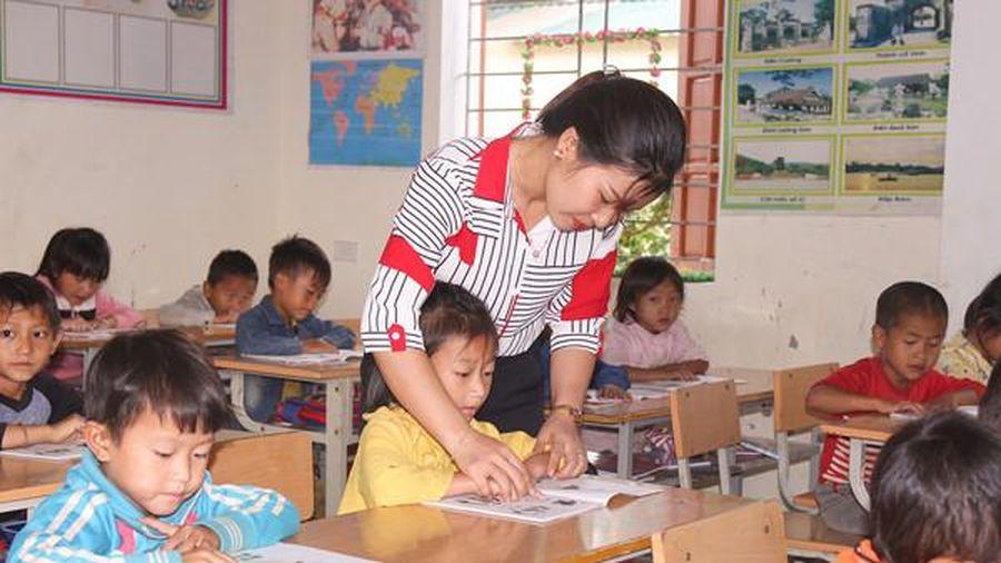 Mô hình trường tiểu học 'nội trú' ở Kỳ Sơn (Nghệ An): Giúp học sinh yên tâm đến lớp