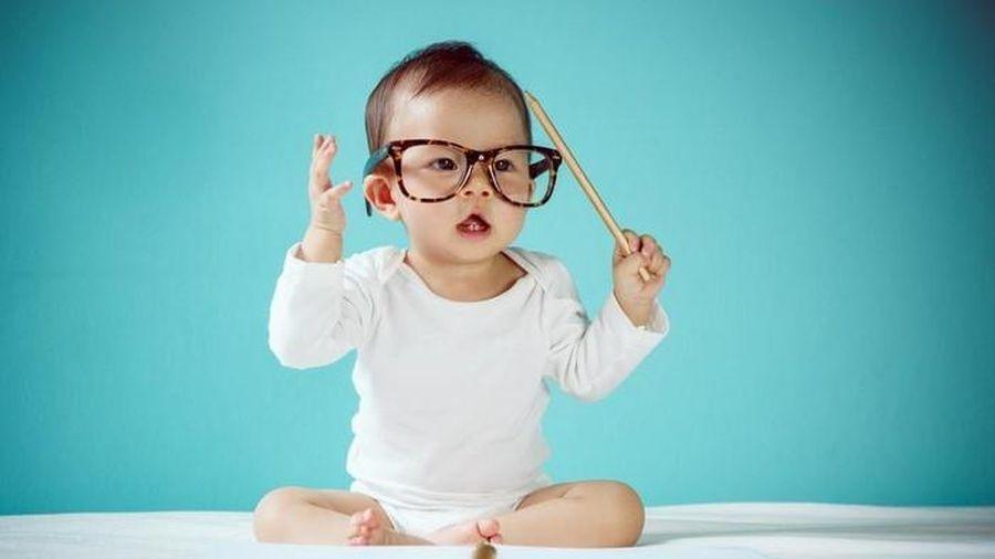 3 kiểu trẻ thông minh mẹ cần biết sớm để định hướng con tốt hơn