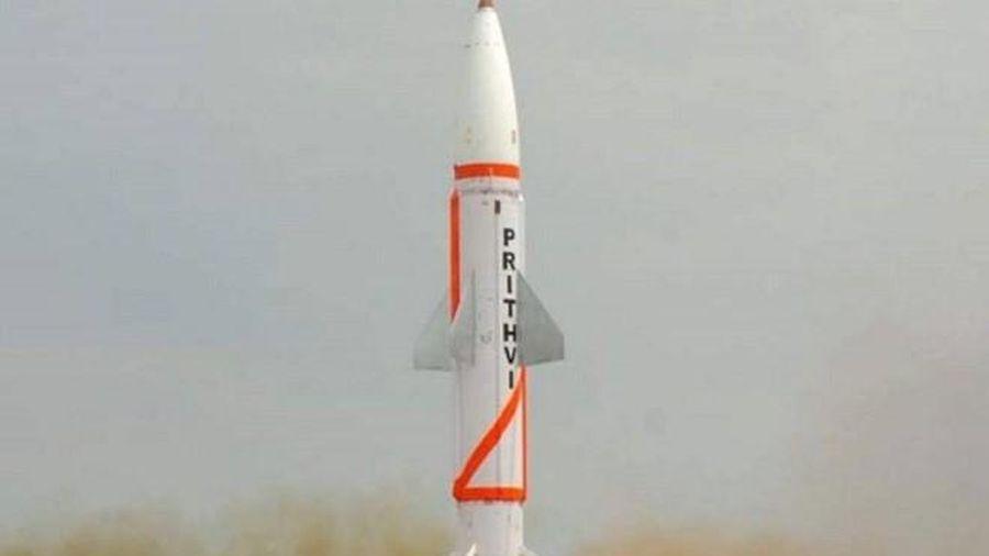 Ấn Độ phóng thử nghiệm thành công hai tên lửa chiến thuật