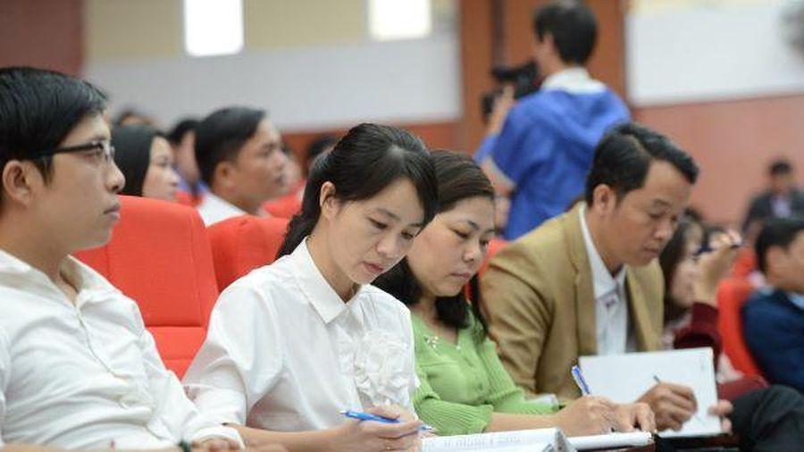 Tập huấn - bồi dưỡng cho 327 giáo viên THCS/THPT cốt cán miền Trung