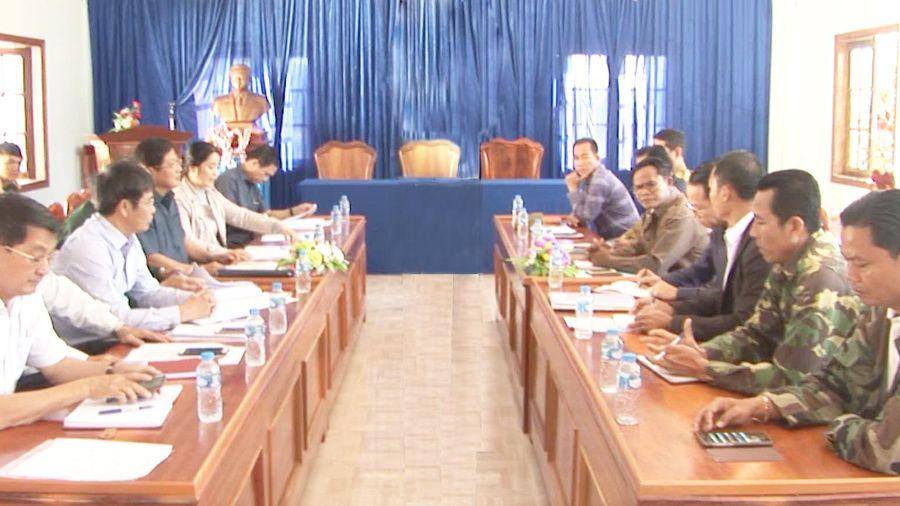Tăng cường phối hợp quản lý biên giới giữa tỉnh Kon Tum và tỉnh Attapeu, Lào