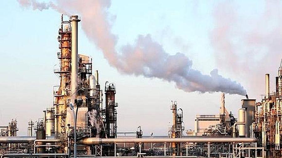 Giá dầu bất ngờ chạm 'đỉnh' trong 2 tháng với kỳ vọng về đàm phán Mỹ - Trung