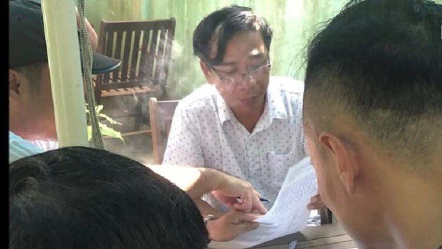 Phó phòng Kinh tế - Hạ tầng bị đề nghị truy tố vì nhận hối lộ