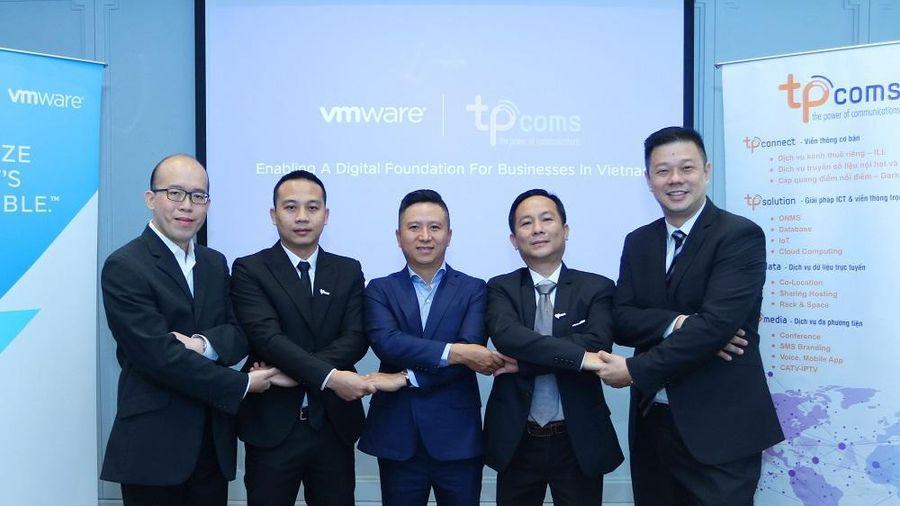 VMware và Tpcoms hợp tác thúc đẩy hành trình chuyển đổi lên đám mây