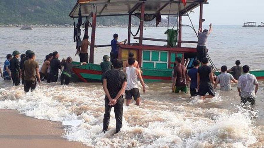 Cứu kịp thời 3 ngư dân gặp nạn trên biển