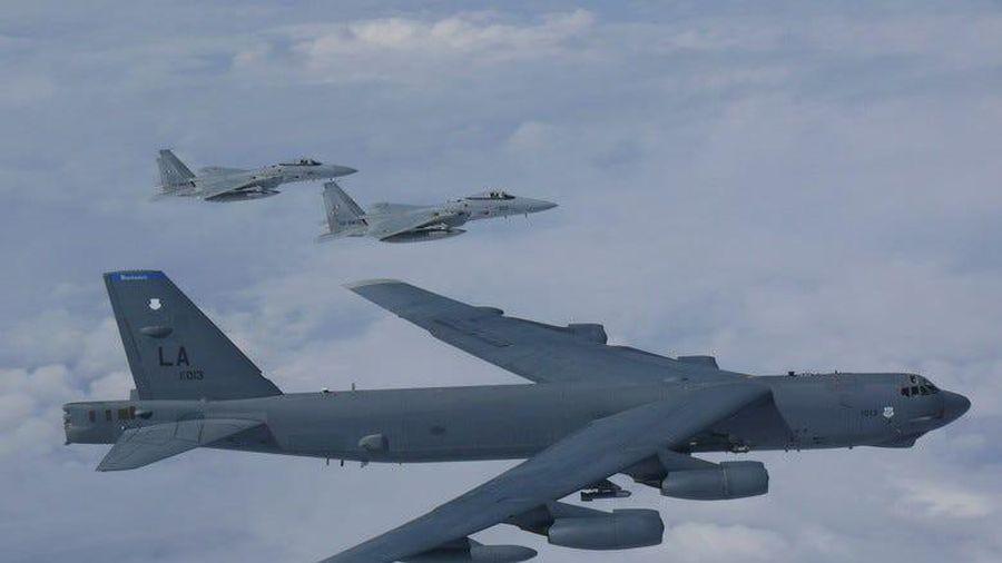 Hệ thống phòng không S-400 Nga ở Syria suýt bắn rơi oanh tạc cơ B-52 của Mỹ?