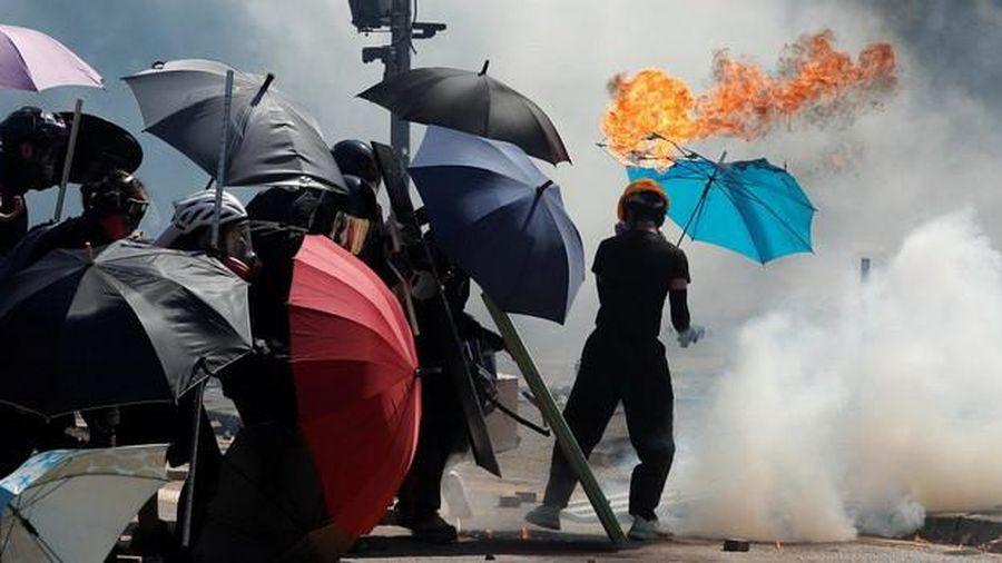 Tòa án Hồng Kông chấp thuận cấm người biểu tình đeo mặt nạ trong 7 ngày