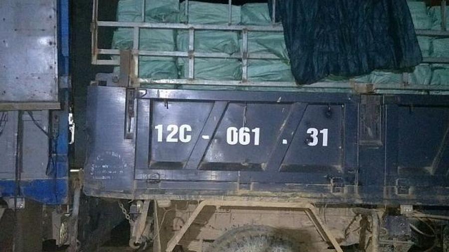 Hải quan phối hợp bắt giữ vụ buôn lậu 30 tấn thực phẩm tại Lạng Sơn