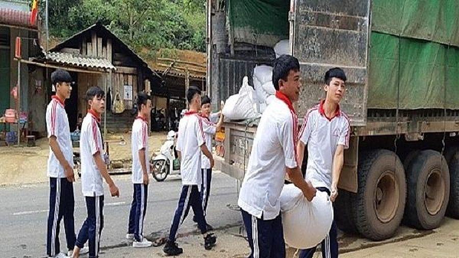 Cục Dự trữ Đông Bắc xuất cấp hơn 300 tấn gạo dự trữ hỗ trợ học sinh