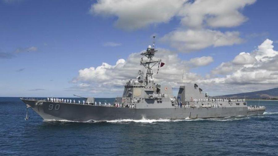 Tàu chiến Mỹ lại áp sát Biển Đông, Bắc Kinh tức tối