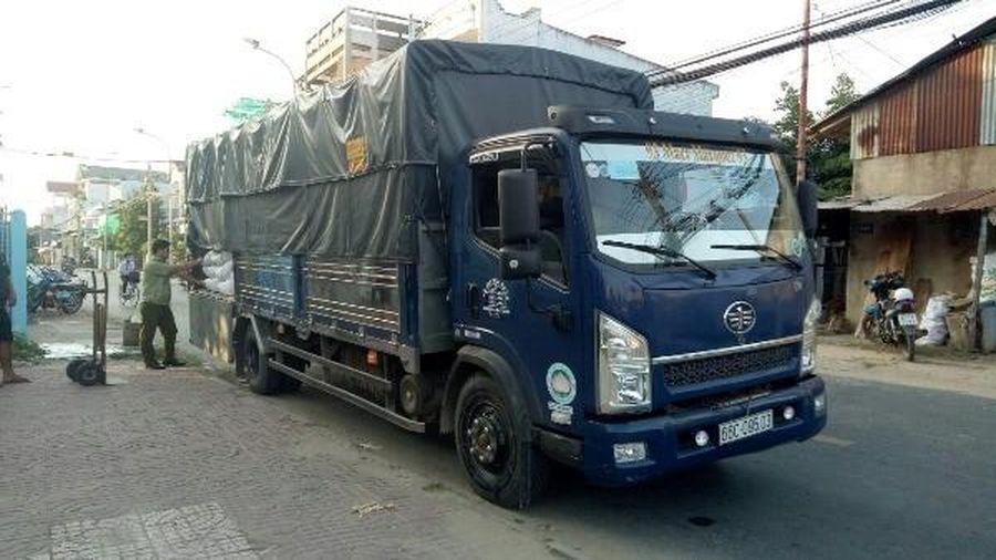 An Giang: Phát hiện 4 tấn đường nhập lậu trên xe tải