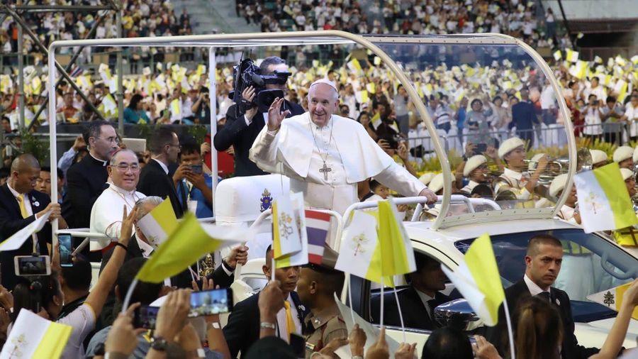 Người dân Thái Lan chào đón Giáo hoàng Francis