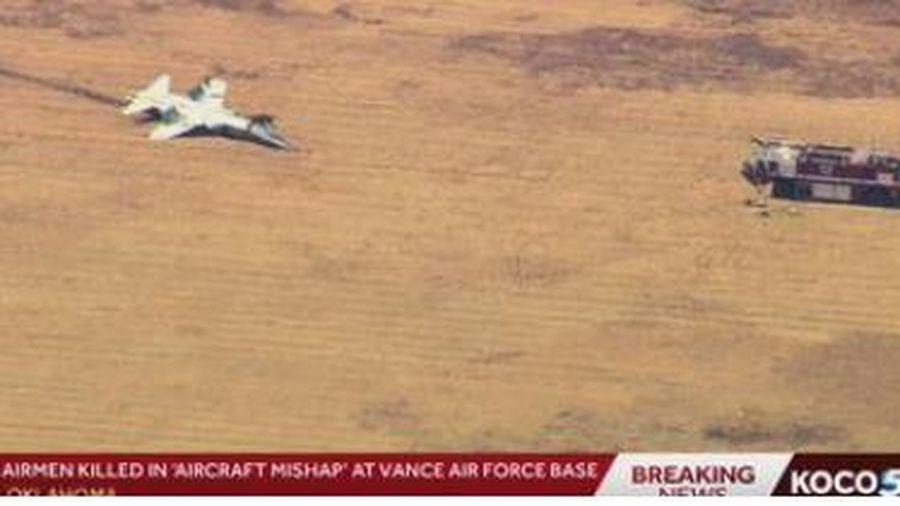 Máy bay huấn luyện gặp nạn, hai lính Mỹ tử nạn