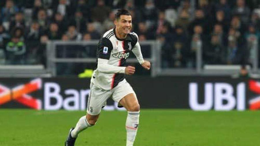 Ronaldo 'xuống nước' xin lỗi đồng đội tại Juventus