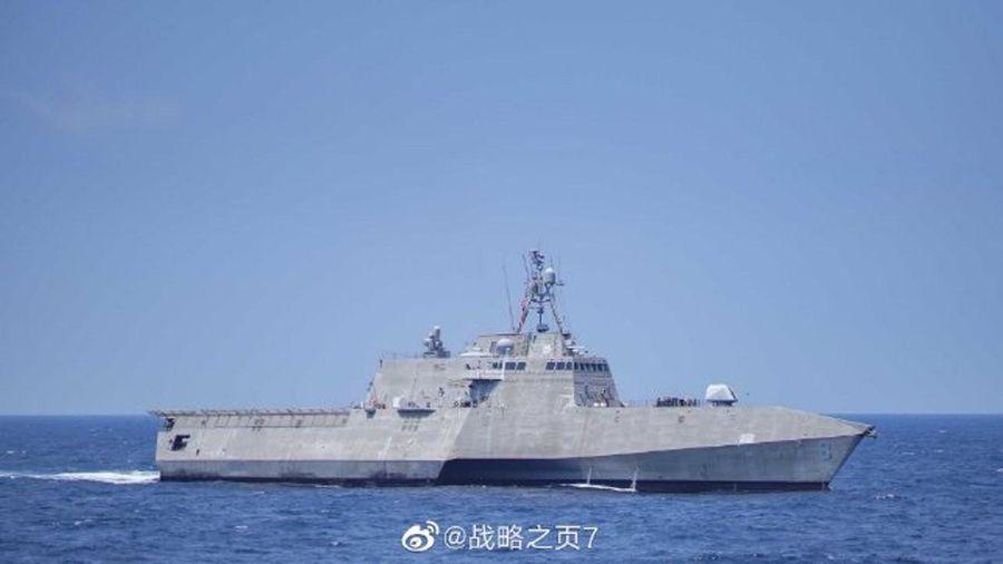 Tàu chiến Mỹ áp sát các đảo Trung Quốc chiếm đóng trái phép trên Biển Đông giữa lúc quan hệ hai bên đang căng thẳng