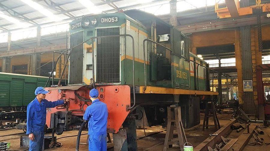 Công ty Xe lửa Dĩ An hồi sinh hàng trăm đầu máy, toa xe cũ