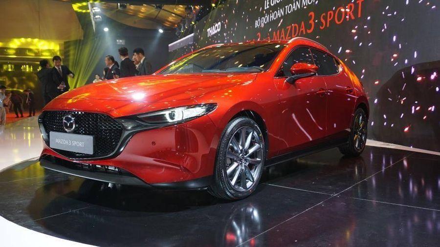 Mazda 3 hoàn toàn mới ẵm 2 giải xe của năm chỉ trong 1 tuần
