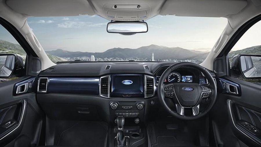 Ford Everest Sport 2020 nâng cấp ngoại hình, giá hơn 1 tỷ đồng