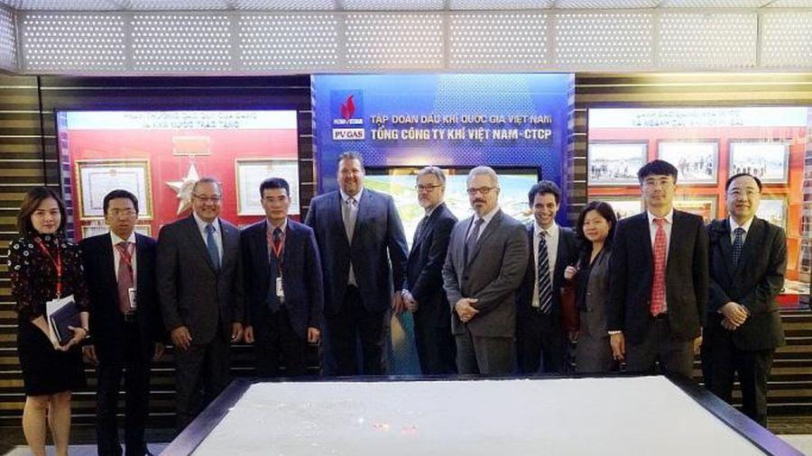 Tập đoàn AES (Hoa Kỳ) và Tổng Công ty Khí Việt Nam trao đổi về cơ hội hợp tác