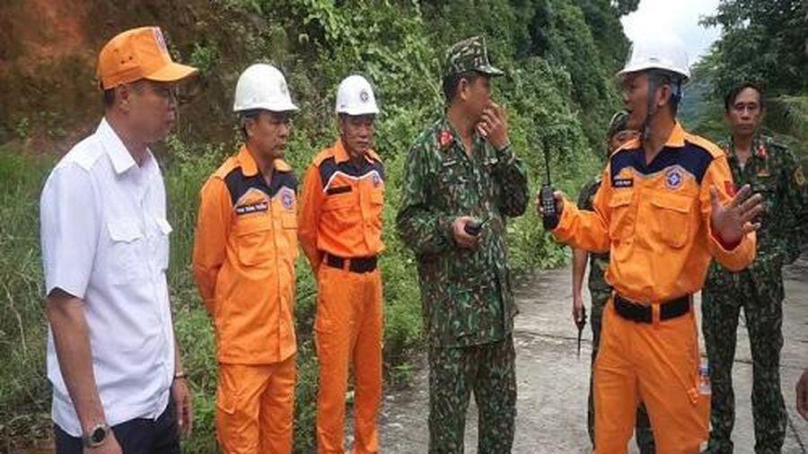 Đà Nẵng: Tìm kiếm du khách người nước ngoài nghi tự tử tại bán đảo Sơn Trà