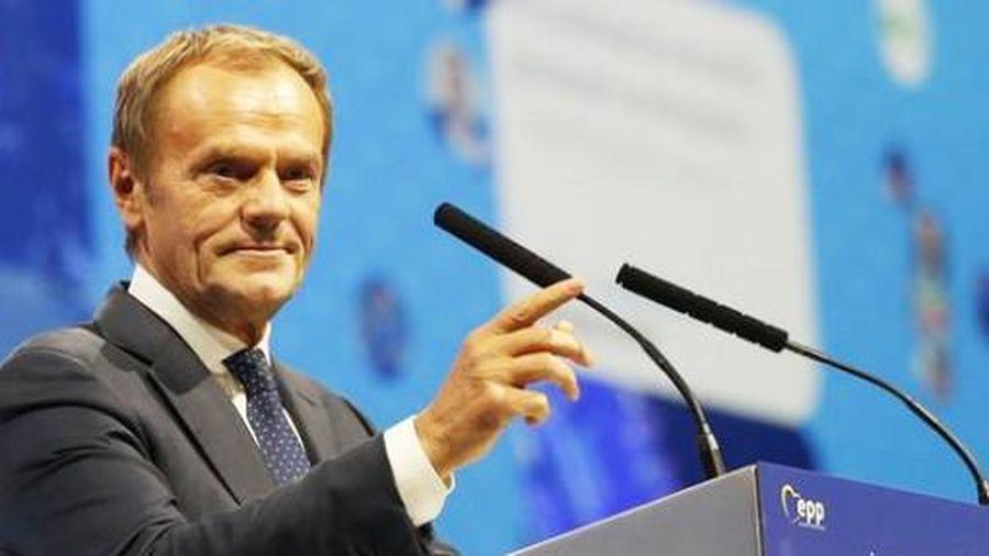 Donald Tusk tuyên chiếnvới chủ nghĩa dân túy