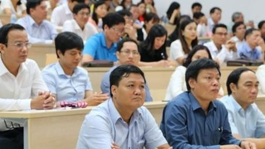Phấn đấu đến năm 2025, 60% viên chức có ngoại ngữ từ bậc 4 trở lên