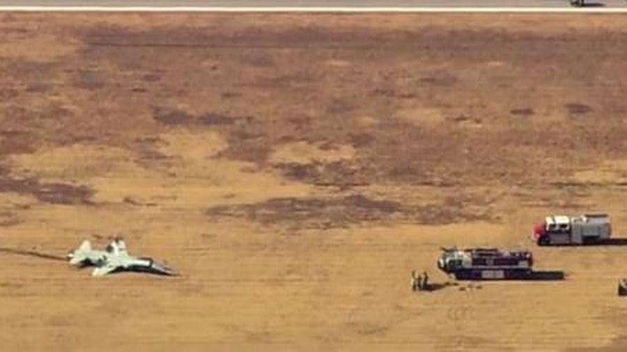 Hai phi công tử nạn khi đang bay huấn luyện
