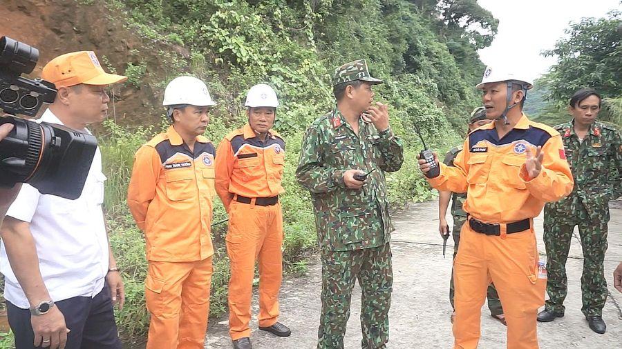 Đà Nẵng tìm kiếm người nước ngoài nghi tự tử trên núi Sơn Trà