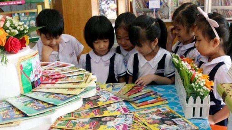 Thẩm định sách giáo khoa lớp 1: Những bộ sách nào được thẩm định là 'đạt' ?