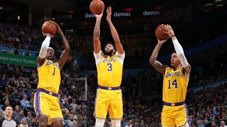 NBA 19-20: Thả 17 quả 3 điểm vào rổ đối phương, Los Angeles Lakers giành chiến thắng nghẹt thở trước Oklahoma City Thunder