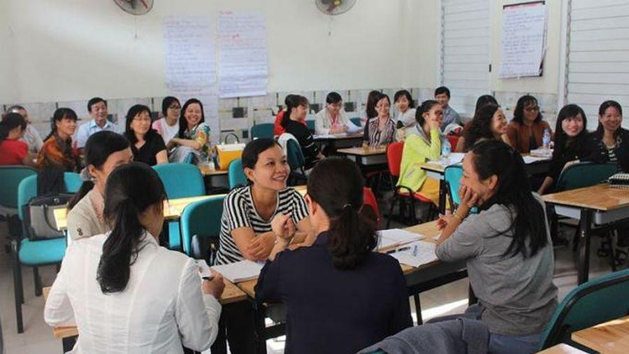 Bồi dưỡng giáo viên, cán bộ quản lý giáo dục theo quy định mới