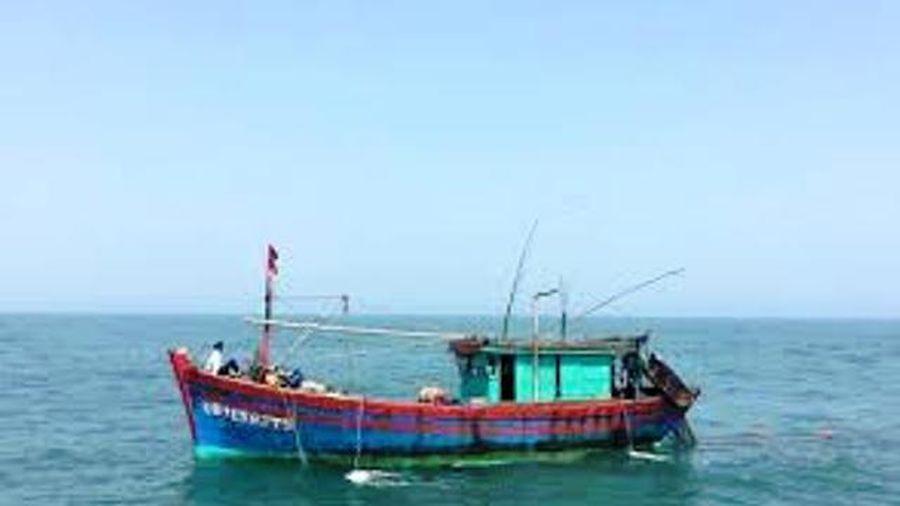 Bảo đảm an toàn tàu thuyền trước gió mạnh sóng lớn trên biển Đông