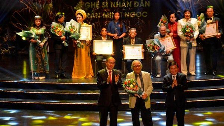 TP.HCM: Vinh danh các nghệ sĩ được Nhà nước trao tặng danh hiệu