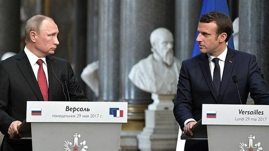 Nga- Pháp tăng tình thân