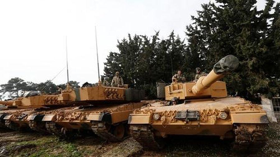 Leopard 2A4 của SNA khó sống khi đấu với SDF