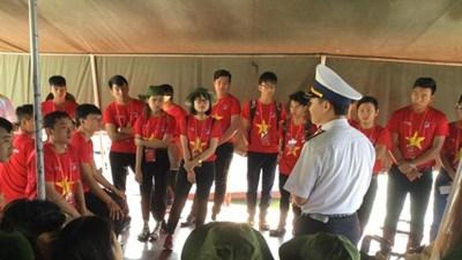Gần 1.000 thanh niên Đà Nẵng hưởng ứng Hành trình 'Tôi yêu Tổ quốc tôi'