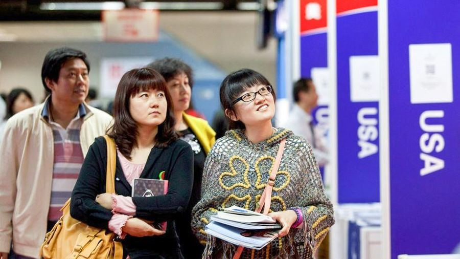 Mỹ phủ nhận hạn chế thị thực với học sinh Trung Quốc
