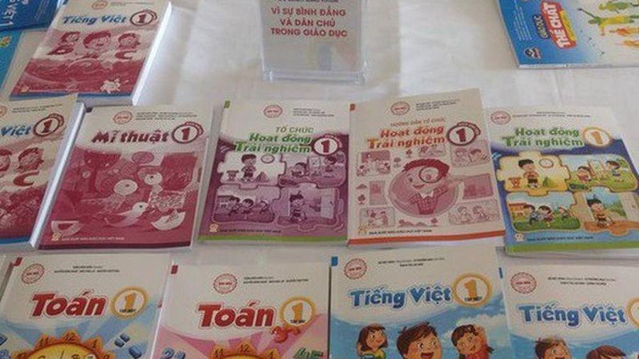 Bộ GD&ĐT công bố 32 sách giáo khoa lớp 1: Ưu thế thuộc về NXB Giáo dục