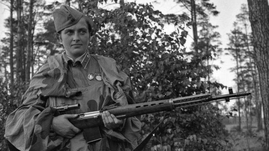 Sự thật lần đầu hé lộ nữ xạ thủ huyền thoại Liên Xô