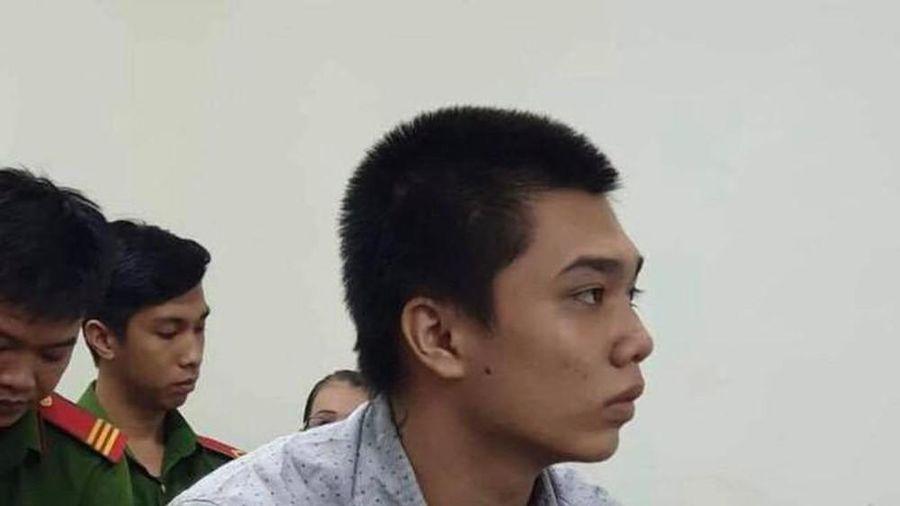 Nỗi đau của người mẹ mất đứa con trai độc nhất sau cuộc đụng độ với tên cướp