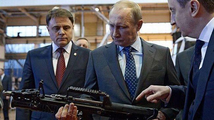 Tổng thống Putin tính kế duy trì cân bằng quyền lực trên thế giới bằng sức mạnh quân sự