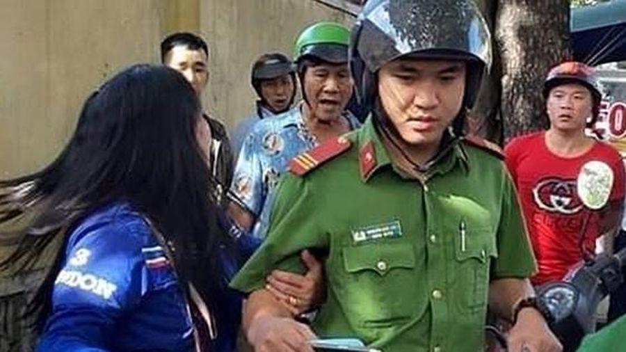 Công an bác thông tin cô gái trẻ bị 'thôi miên, cướp tài sản' ở phố cổ Hội An