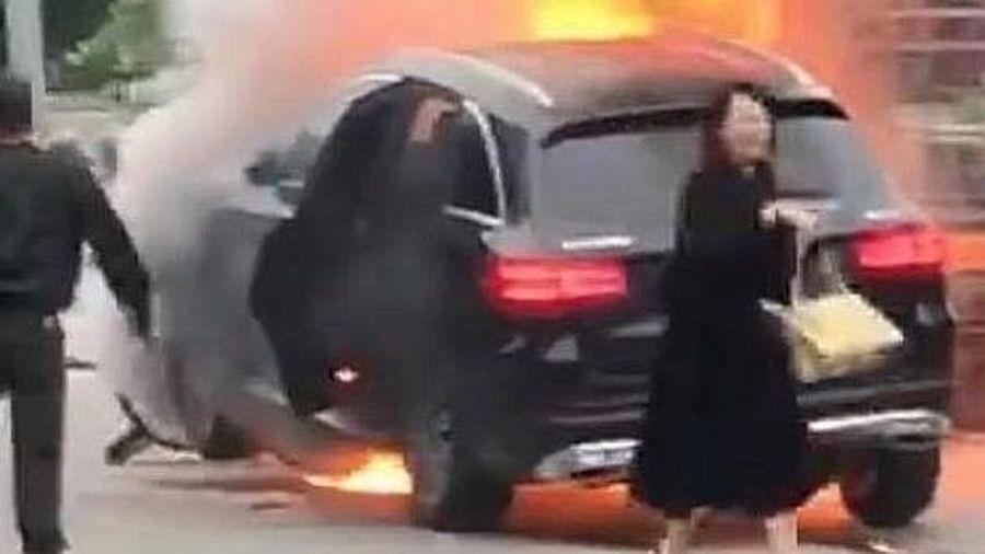 Nữ tài xế và chuyện lái xe an toàn...