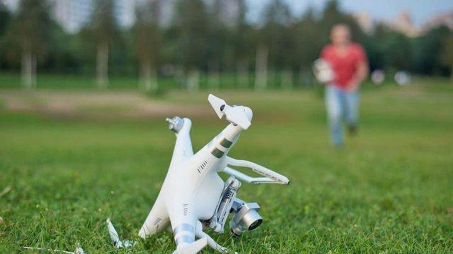 Chàng trai chịu phạt gần 500 triệu đồng vì 'lái nhầm' drone