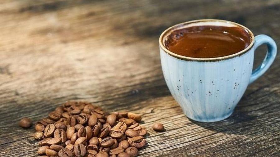 Cà phê và rượu ảnh hưởng đến hoạt động của tim như thế nào?
