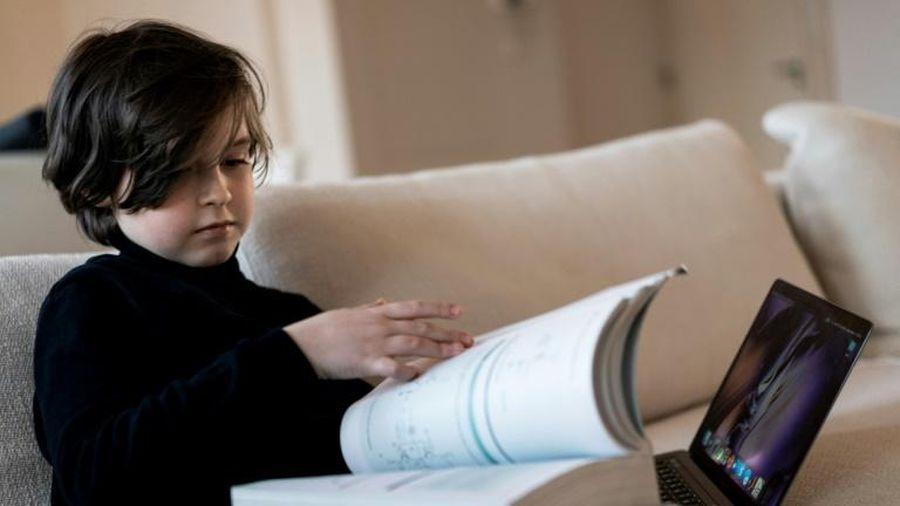Thần đồng Bỉ chín tuổi lấy bằng đại học