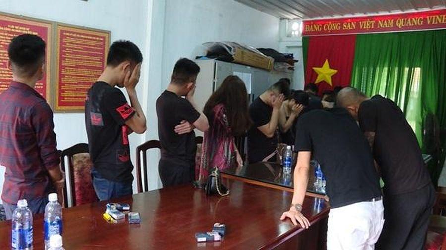 14 nam, 8 nữ thuê biệt thự ở Vũng Tàu để dùng thuốc lắc